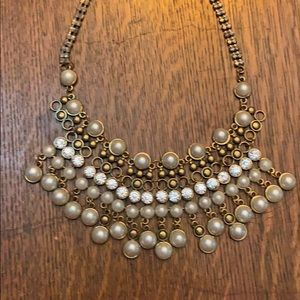 Pearl/crystal statement necklace